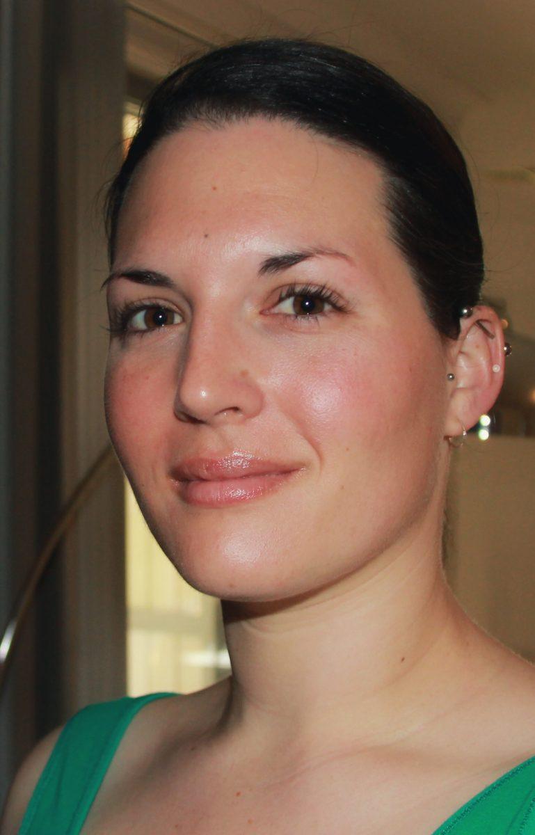 Lauren Dawes nude